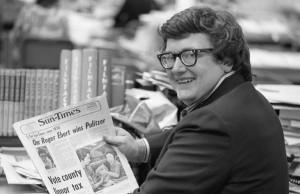 Roger Ebert celebrates winning the Pulitzer Prize in 1975.