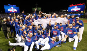 Cubs celebrte NL Pennant victory at Wrigley Field. (Chicago Tribune)